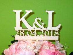 Blumen- / Tortenstecker Initialen & Datum aus Holz
