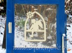 Fensterbild oder Baumhänger Engel Bastian Fensterbogen aus Holz