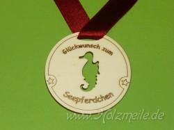 Holz-Medaille Seepferdchen